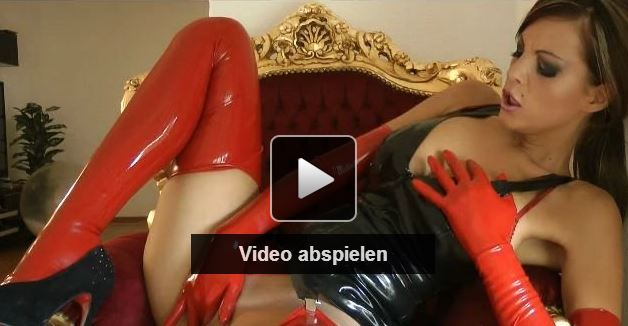 amateur latex girl